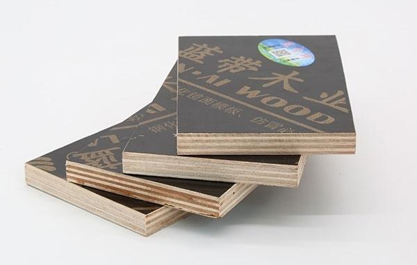 你知道建筑模版厂家模板的使用规则吗